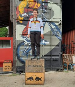 Franziska Lengger holt Titel bei der Deutschen BMX-Meisterschaft